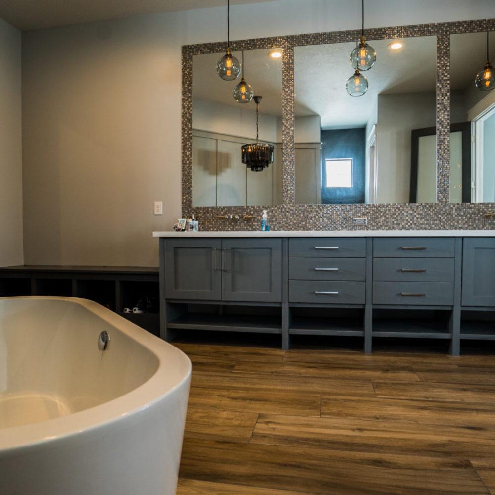 Arcadia Master Bathroom